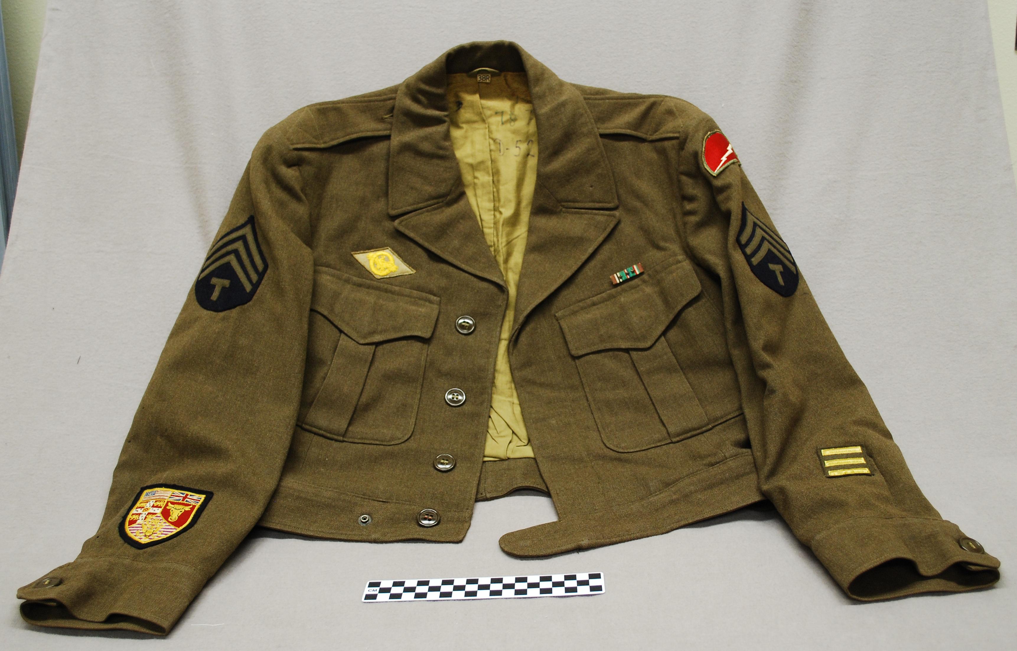 Object: Uniform (United States Army Uniform (World War II)) | UTSA Institute Of Texan Cultures