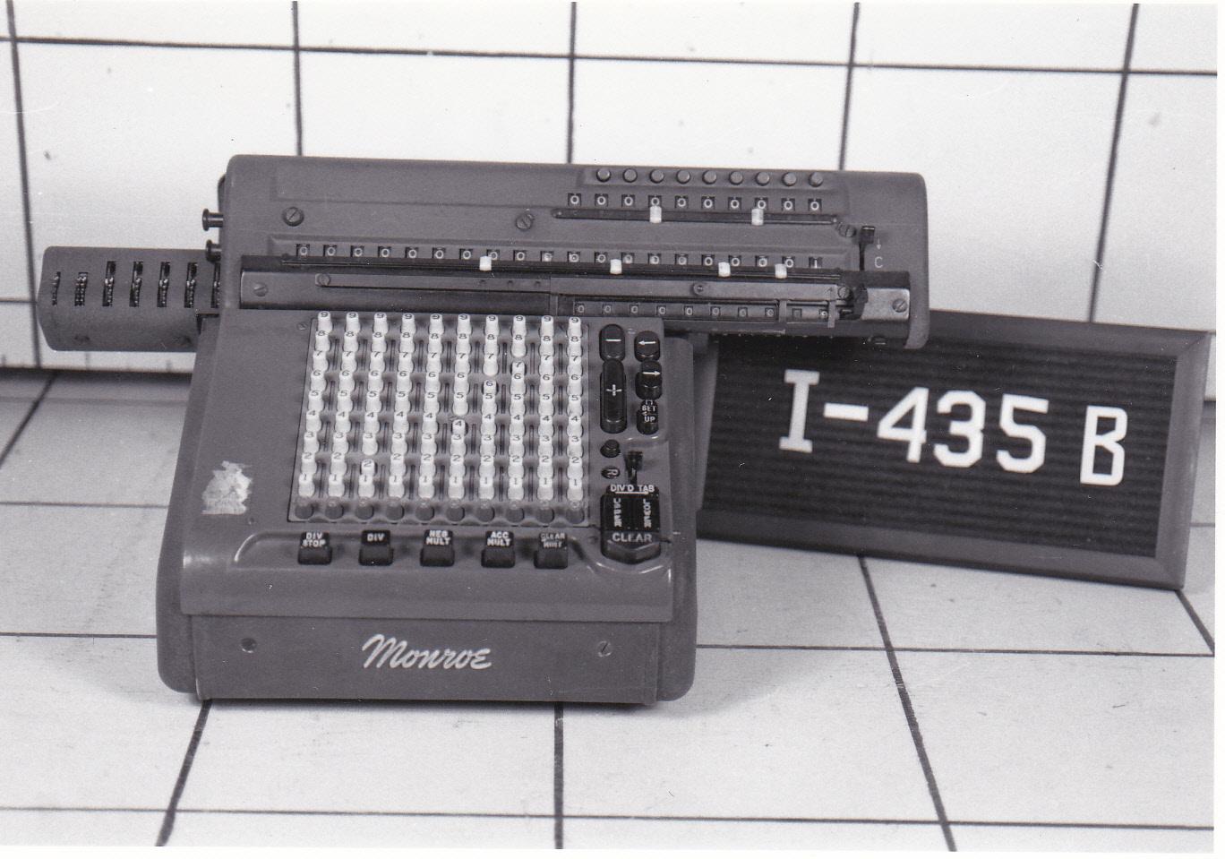 Object: Calculator (electromechanical calculator)   UTSA Institute Of Texan Cultures