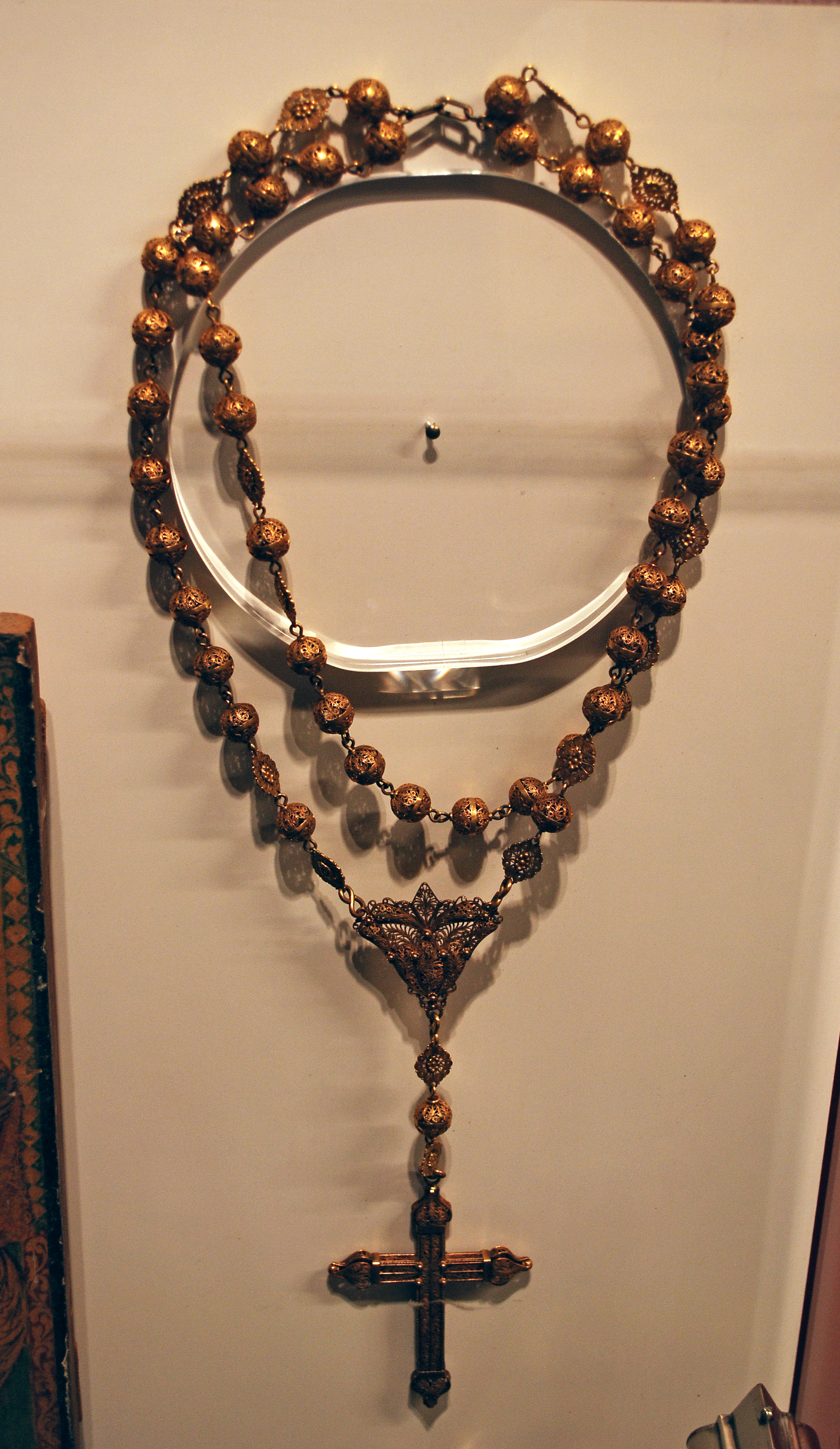 Object: Rosary | UTSA Institute Of Texan Cultures