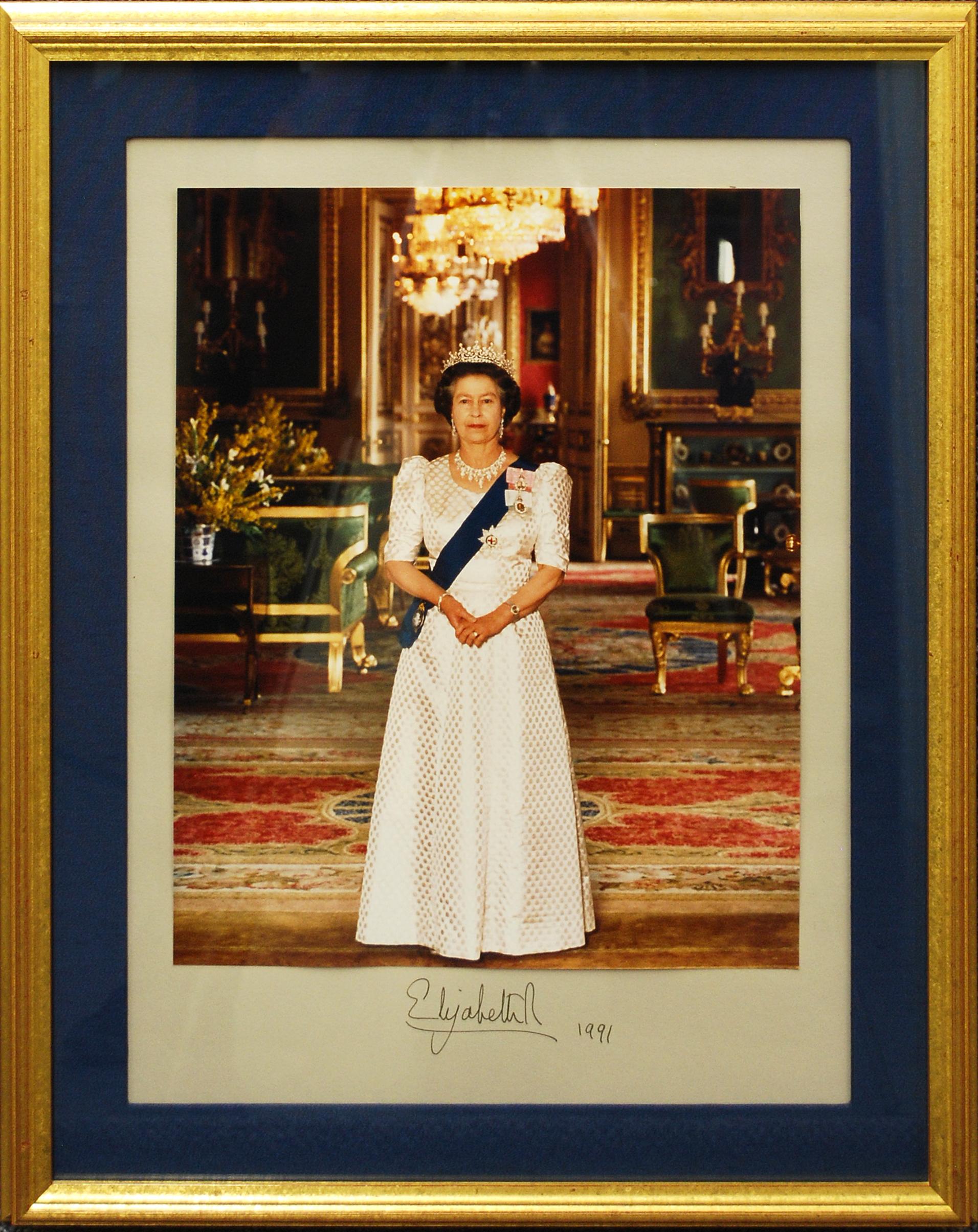 Object: Photos & letter (Queen Elizabeth II) | UTSA Institute Of Texan Cultures