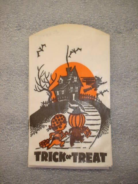 Object: Trick or Treat Bag | UTSA Institute Of Texan Cultures