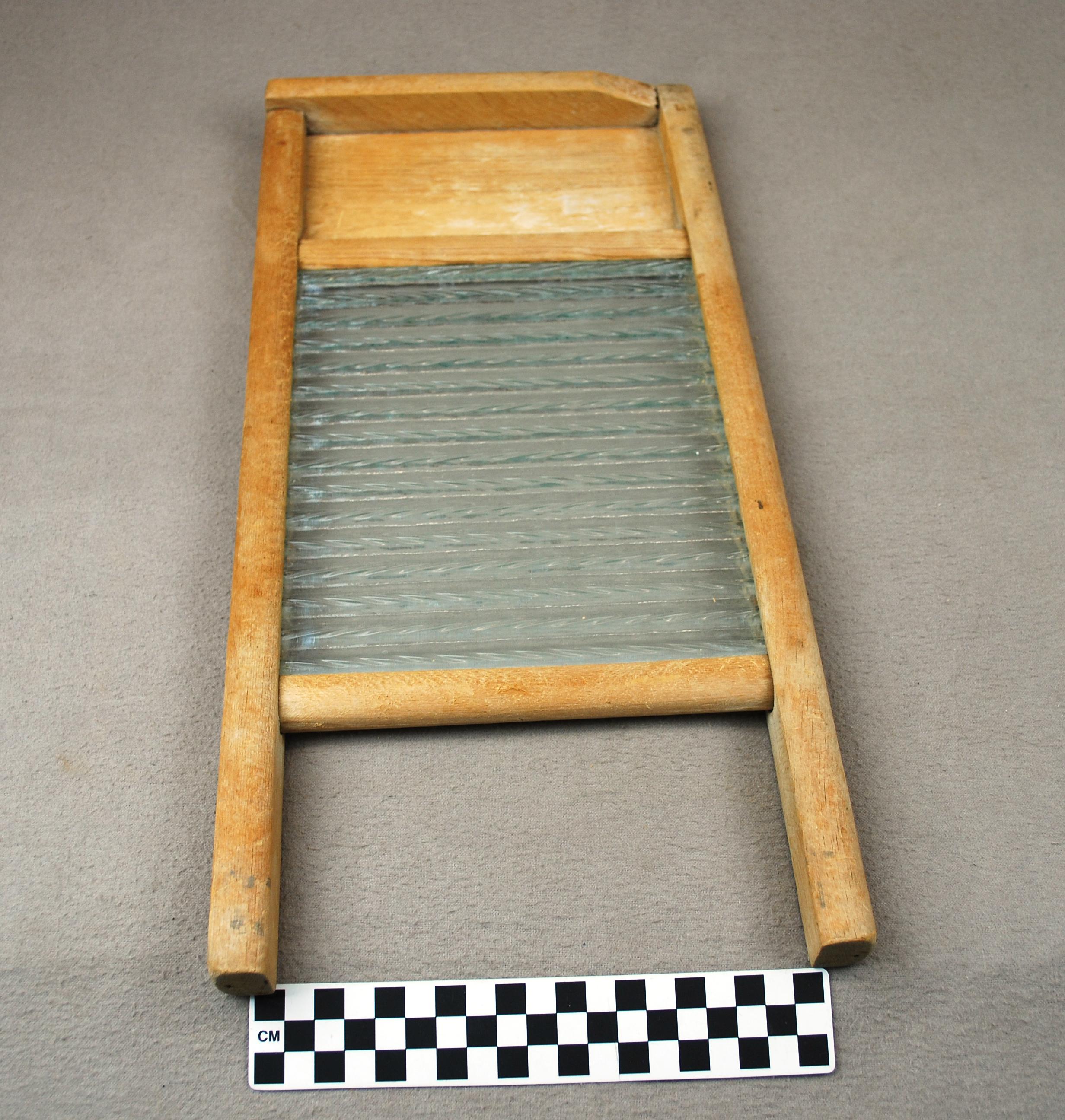 Object: Washboard | UTSA Institute Of Texan Cultures