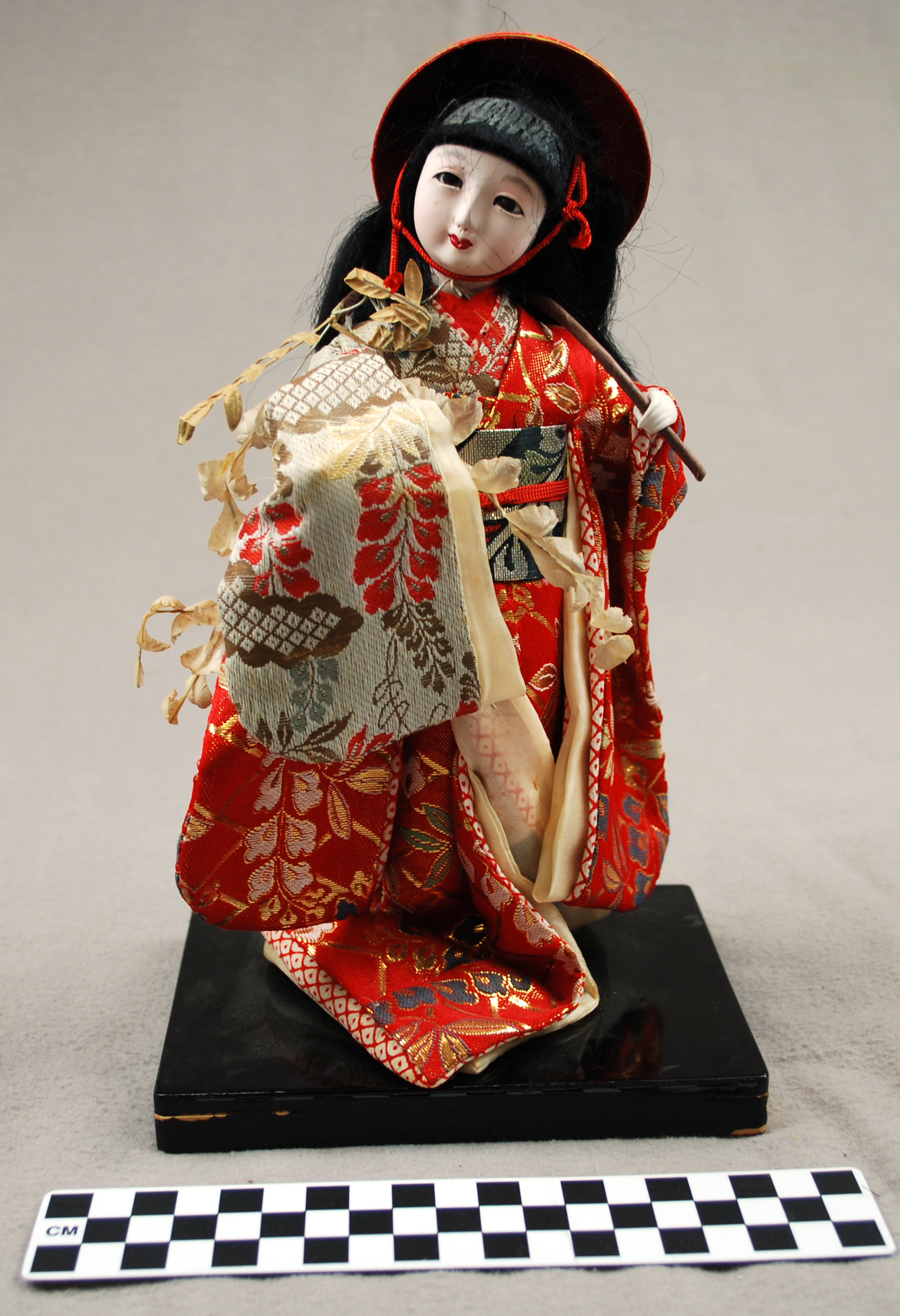 Object: Doll | UTSA Institute Of Texan Cultures