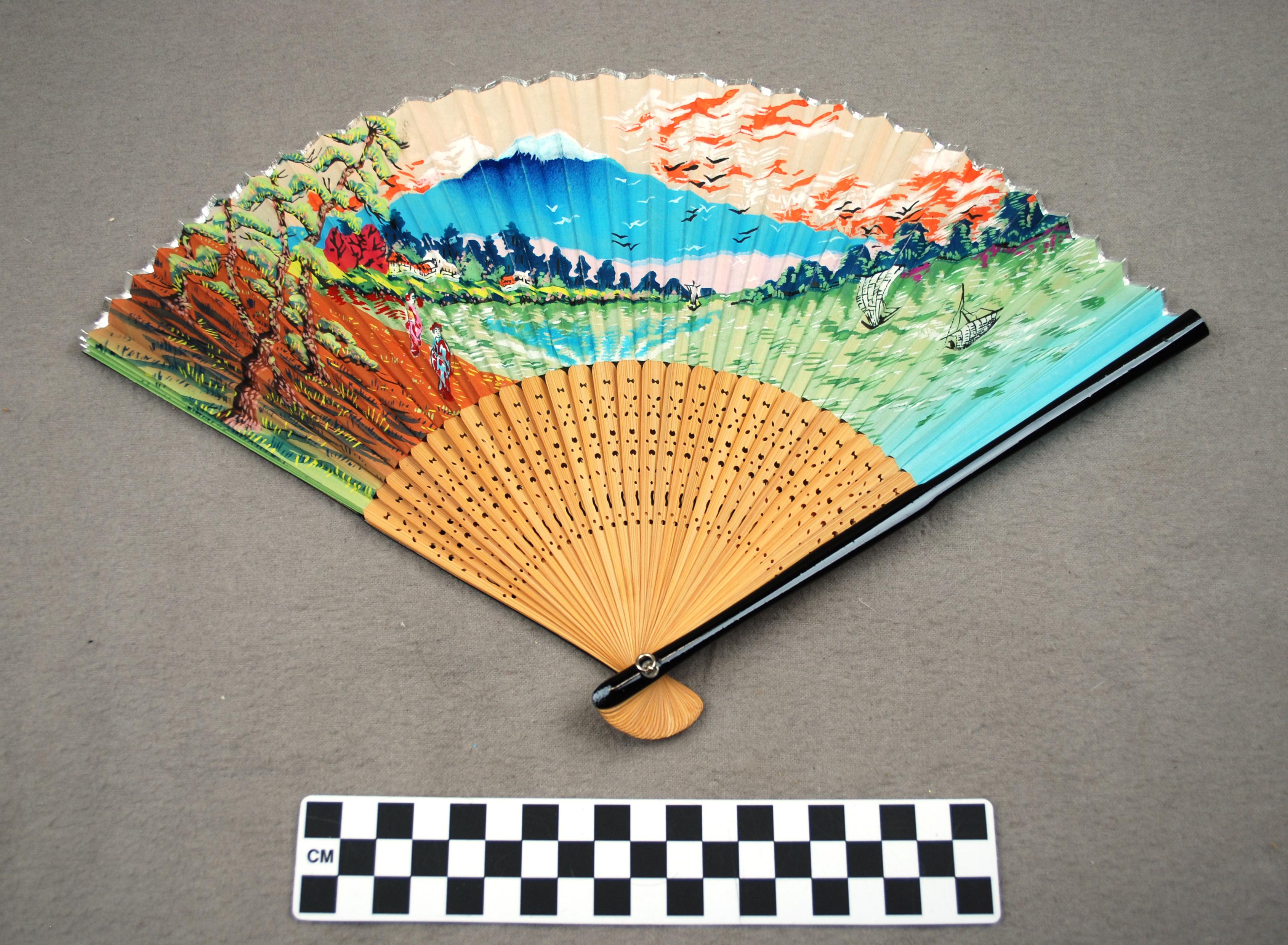 Object: Fan (Japanese folding fan)   UTSA Institute Of Texan Cultures