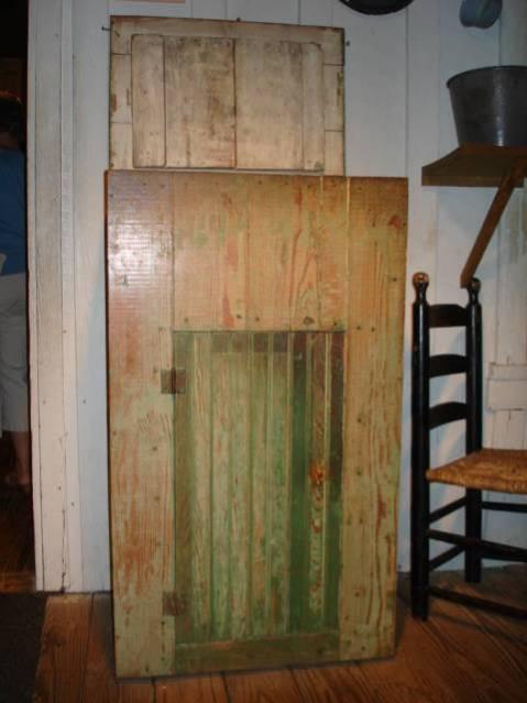 Object: Icebox | UTSA Institute Of Texan Cultures