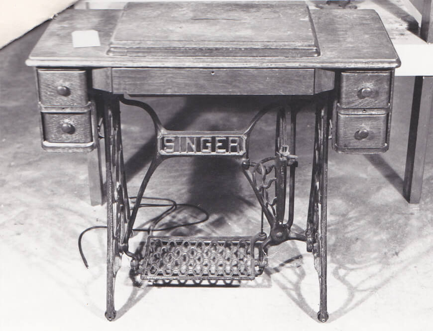 Close up view of the Singer Sewing Machine