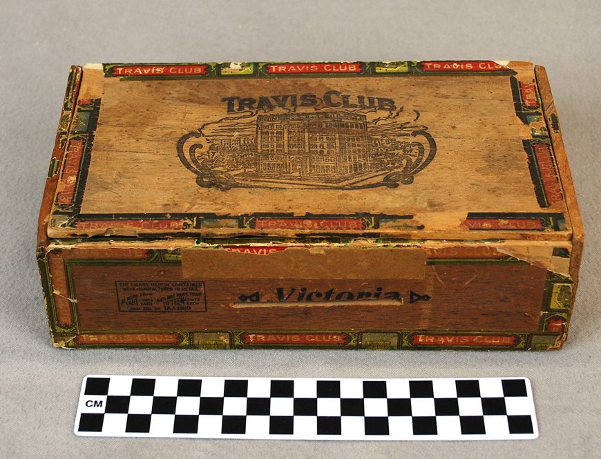 Travis Club Cigar Box